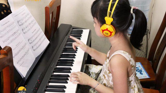 https://musiclight.com.vn/wp-content/uploads/2020/08/763169c252cdae93f7dc-640x360.jpg